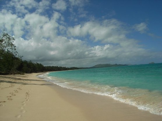 Blue sea, blue sky, white sands...